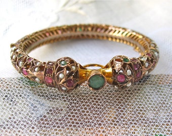 Antique Indian Bracelet 12K Gold Set with Emerald, Rubies and Pearls Wedding Bracelet/Chattel