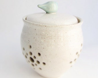 Made to Order Little Birdie Garlic Keeper// Garlic Jar in Creamy White with an Aqua Bird