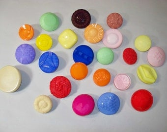25 Large, Colorful, Shank Buttons, Lot 2665 (Free US Shipping)