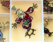 1960s Top Hat Circus Clown Glitter Pin from Cole Brothers Circus THC201