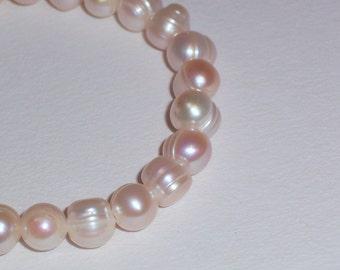 Handmade Stretch Freshwater Pearl Bracelet