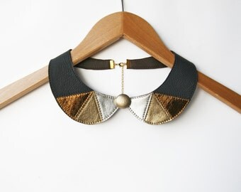 Black Peter Pan Collar Necklace Detachable Black and Gold Leather Necklace Metallic Leather Collar Bib Necklace Black Jewelry