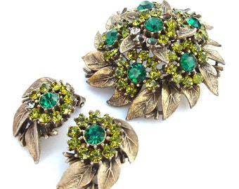 Vintage Antique Gold Tone Rhinestone Brooch Earring Demi Parure, Nature Inspired Botanical Leaves Peridot Emerald Green Jewelry