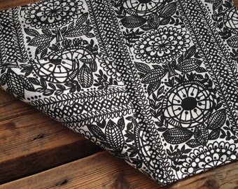 Placemats, set of 4, beautiful Finnish Taimi fabric, double sided, from Finland