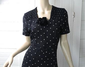 40s Black Dress- Black & White Pin Up / Bombshell- Short Sleeves- Medium / Large- 1940s