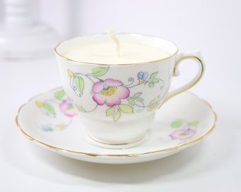 Teacup Candle / Butter Pecan scent / Handmade Soy Candle in Colclough bone china tea cup / Vintage / Upcycled / gift / mothers day