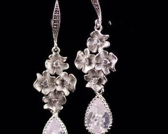 Bridal Jewelry Rhinestone Flower and Teardrop Wedding Earrings