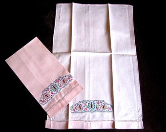 Vintage Kitchen Bath Hand Towel Embroidered Nosegay Butterflies Pink Drawnwork Set 2
