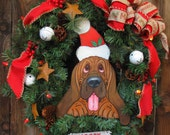 Bloodhound Xmas Wreath - Lighted with Red Lights