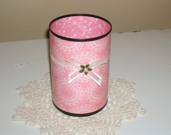 Make-up Brush Holder, Pencil Holder, Pink and Black Floral Decorative Can, Gift for her, Bathroom Decor, Vanity Organizer - 481