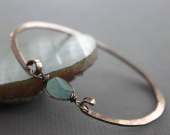 Copper bangle bracelet with aquamarine nugget stone - Aquamarine bracelet - Copper bracelet - Bangle bracelet - Healing bracelet