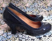 Sofft, dark blue, high hills whide shoes, shiny leather upper with a blue velvet border, US size 7 and a half M