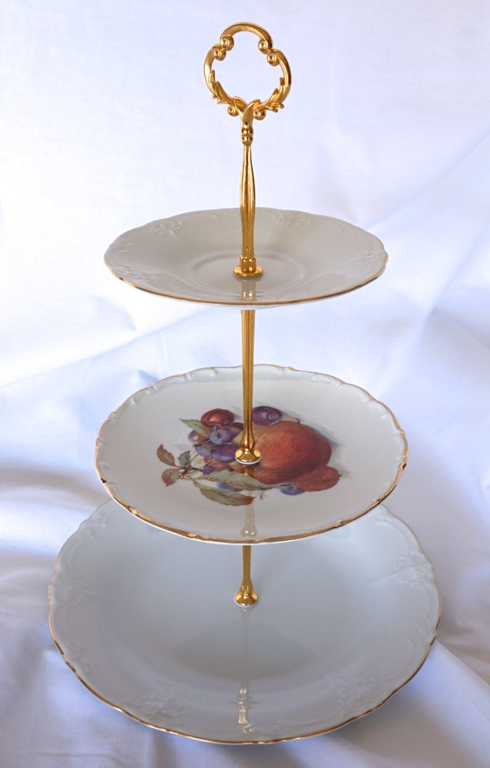 3 tier serving tray with elegant elements by recycleandrenew. Black Bedroom Furniture Sets. Home Design Ideas
