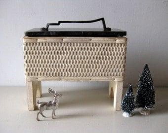 Vintage wicker shoe shine box Wicker footed box Wicker shoe shine stand