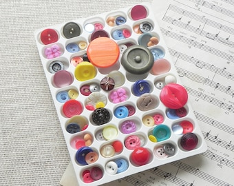 80 Vintage Buttons Rainbow Color Mix Craft Sewing Altered Art Assemblage Scrapbook Supply