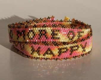 Do More of What Makes You Happy Bracelet Pattern - Peyote Pattern
