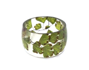 Fern Eco Resin Ring. Wide Band Ring Women and Men. Botanical Resin Ring.  Handmade Jewelry with Real Flowers - Maidenhair Fern. Eco Resin.