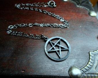 Hedgewitch. Pentagram Wiccan Star Symbol Protection  Heathen Necklace