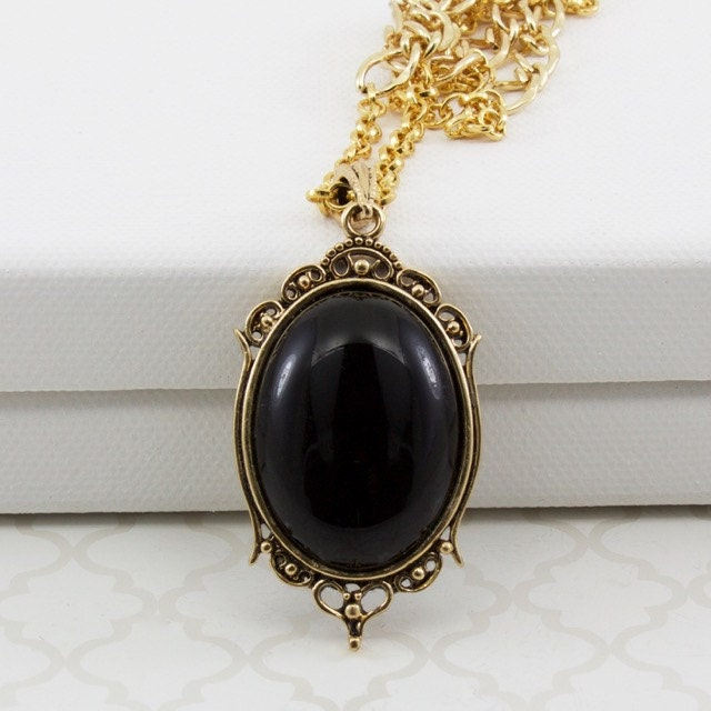 black onyx pendant gold chain necklace with large oval