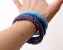 3 Wool Bracelets, Custom Colors, Felted Wool Bangles, Soft Jewelry, Felted Bangles, Stacking Bracelets, Natural Wool Jewelry