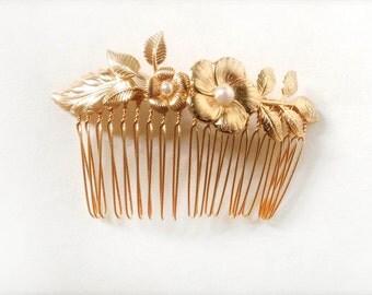 Rachell Comb, Bridal Hair Accessories, Bridal Gold Floral Comb, Wedding Flowers Comb, Bridesmaid Accessory, Romantic Flower Comb, Bohemian