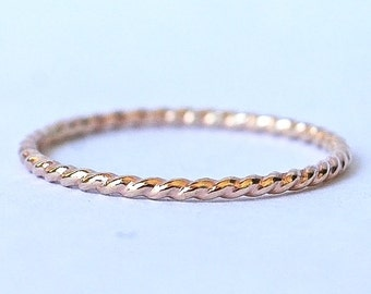 14k solid yellow gold twist band  - Recycled Gold