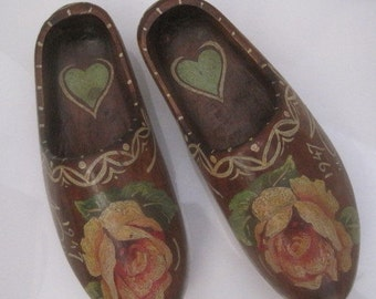 Wooden Clogs with Roses in Pale Pink and Peach Green Leaves Green Hearts made in 1947