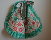 Little Girl's Green Happy Flower Reversible Apron