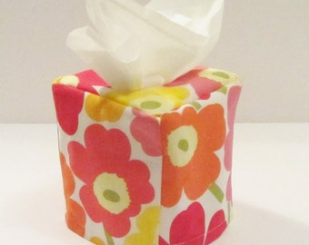 "Marimekko tissue box cover, ""Mini Unikko"" fabric from Finland, stocking stuffer, Xmas gift, hostess gift"