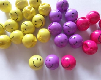20 pcs Cute smile happy face bead button mix color