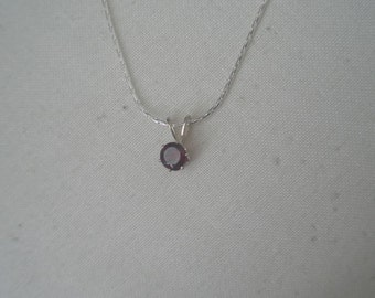 Vintage Silver Tone Red Faceted Stone Pendant Necklace