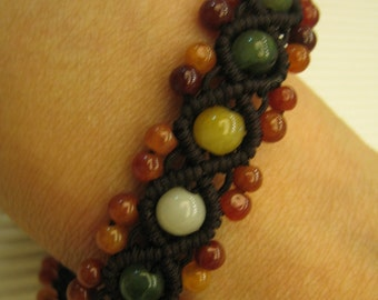 SPECIAL ... Natural Jade Bracelet / Handknotting Jewelry
