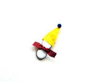Christmas ornament, little snowman suncatcher, bright yellow hat, stained glass snowman ornament, winter home decor, snowmen gift under 10