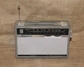 Vintage Magnavox Courier 8 Transistor Radio Model SA-87, AM/Shortwave,  Item C4
