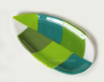 Green Fused Glass Platter Fused Glass Serving Dish Leaf Art Glass Plate Handmade