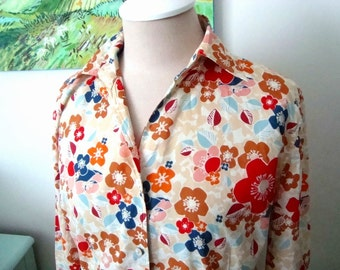 SALE Vintage FOURTYS Blouse, Asian Floral, Spring Fashion, Womens Size Medium, Mint condition