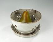 Ceramic berry bowl, pottery  kitchen colander, stoneware strainer, ceramic fruit bowl, pottery kitchen strainer white glaze with stars