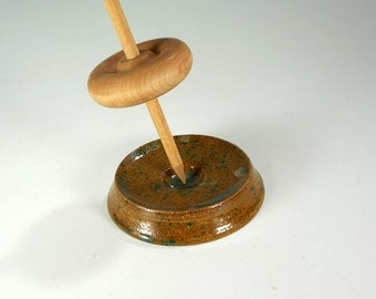 Ceramic spinning bowl, pottery spindle support bowl, large supported spindle bowl, flat stoneware spinning bowl, speckled green and tan