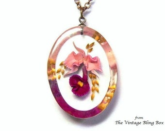 Flower Pendant Necklace in Reversed Carved Floral Design & Gold Rolo Link Chain Included - Vintage 50's Lucite Plastic Costume Jewelry