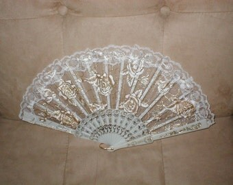 Vintage White Lace Folding Fan with Gold
