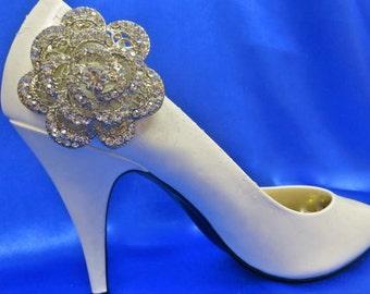 Bridal Shoe Clips-Crystal  Shoe Ciips-Bridesmaid Shoe Clips-Snowflake Shoe Clips- Winter Wedding Shoes- Winter Bridal  Shoes