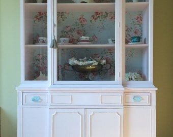 Pink china cabine(sold)