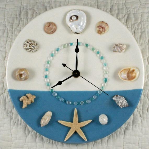 Ocean horizon seashell wall clock by artonthehalfshell on etsy for Seashell wall clock