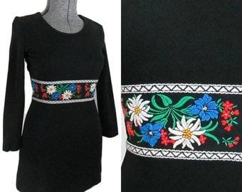 Black Mini Dress Folk Embroidered / Vintage 1970s Boho Mini Dress
