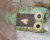 Prim Hanging Owl with Wool and Buttons~ COSOFG