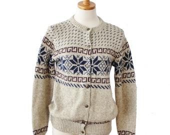 Vintage 80s Snowflake Cedar Bend Beige Wool Sweater - Women S Cardigan - Made in America - nordic, ugly christmas