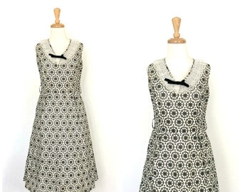 1950s dress - 50s swing dress - black and white - full skirt - 50s party dress - M L
