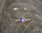 Grey + pink ruby zoisite gemstone and gold bangle B36-GV4