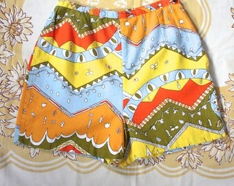 Vintage 1960s Shorts // 60s Bright Psychedelic Print Mini Shorts // Valley of the Dolls // DIVINE