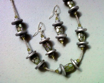 Silver and Light Olive Green Necklace and Earrings (1277)